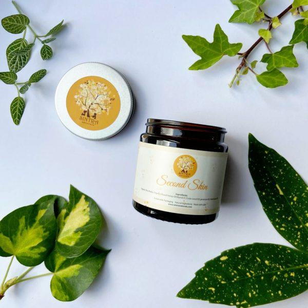 Solid vegan body butter