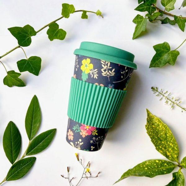 Blue flowers bamboo travel mug