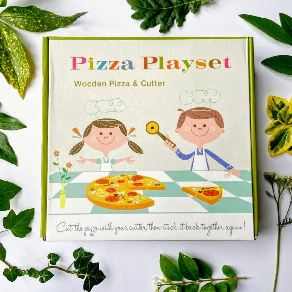 Wooden toy pizza and cutter set